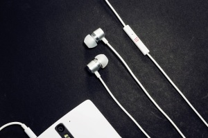 OnePlus - Auriculares Silver Bullet