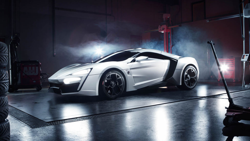 1376559029wmotors_hm_slide_01
