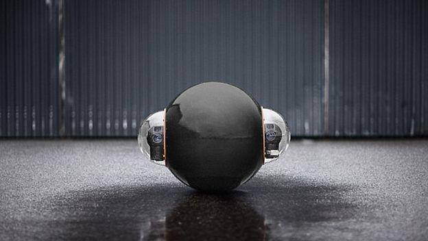 GuardBot el robot militar que se mueve sobre todo terreno