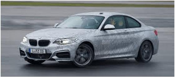 BMW pone a prueba su vehículo autónomo contra Dai Yoshihara