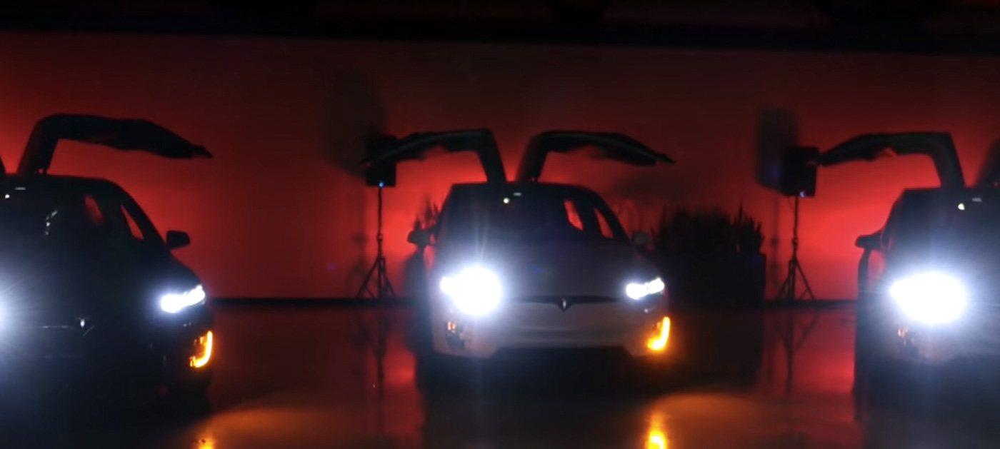 Tesla Model X para Navidad