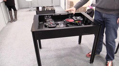 El escritorio motorizado que todos deberían tener para su PC