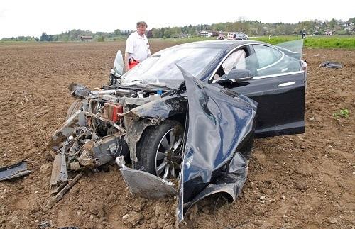 Choque del Tesla 2