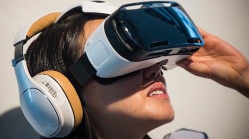 El Gear VR suele liderar como dispositivo favorito en las encuestas