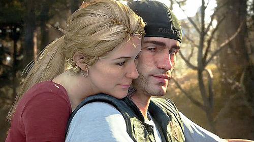 El protagonista y su mujer