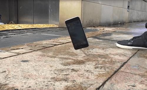 los-materiales-del-iphone-le-permiten-sobrevivir-a-las-caidas