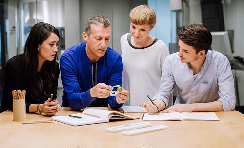 los-nuevos-miembros-del-equipo-de-apple-aprenderan-de-los-expertos-de-la-compania