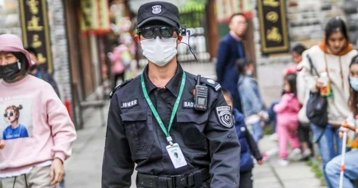 Policía de China usa gafas de realidad aumentada IA para detectar la fiebre