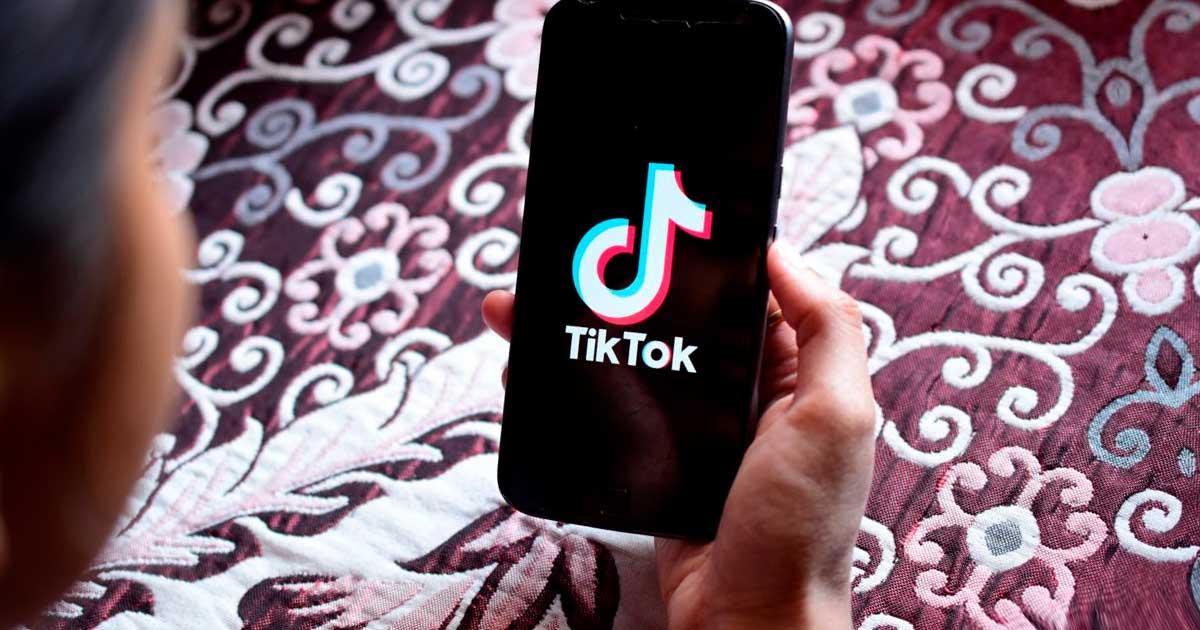 """TikTok borra el contenido de los usuarios que consideran """"feos"""" o """"pobres"""""""