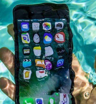 iPhone perdido en Disney sigue funcionando después de estar bajo el agua 2 meses