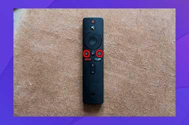 mantenga presionado el botón de Aplicaciones y el botón Inicio en conjunto