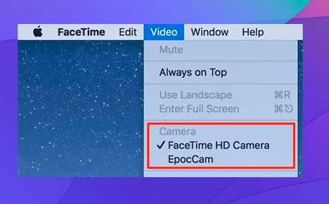 selecciona la aplicación de cámara web en la sección Cámara